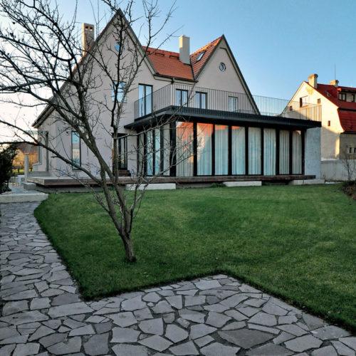 rekonstrukce a dostavba vily ve Vokovicích